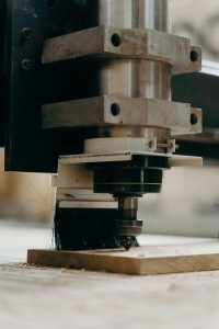 Poszukujesz metody i sposobu, na kształtowanie aluminium czyli jego obróbkę?